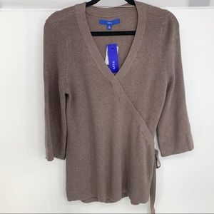 New Apt. 9 brown Faux-Wrap V-Neck Sweater medium